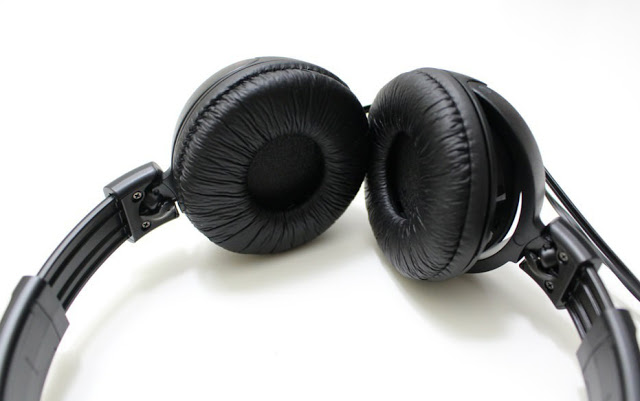 Sony MDR-ZX110 On the ear Headphones Review