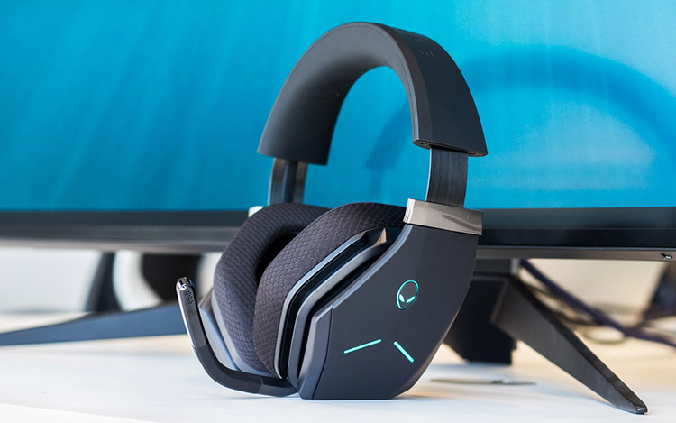 alienware wireless headphones for gaming