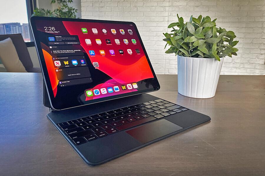 magic keyboard ipad pro best ipad accessories for work small